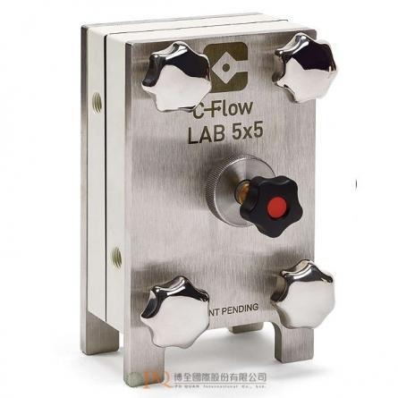 手動組裝的實驗型電化學電池